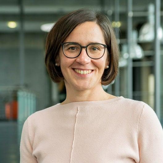 Christina Thoelen, Geschäftsbereich GenoBuy,<br>Shop-Steuerung & Service