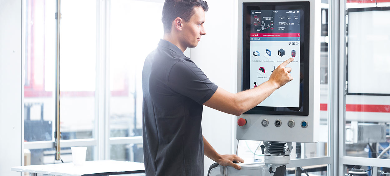 Intuitive like a smartphone app, productive like a machine – A new HMI as a driver for digital transformation in the industrial sector