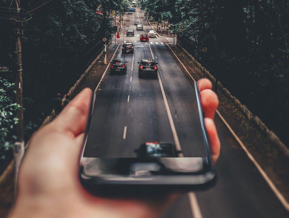 Game Thinking - Autos fahren aus Smartphone